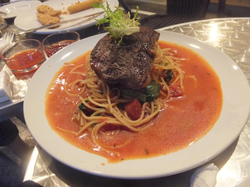 イタリアンレストラン 里米尼